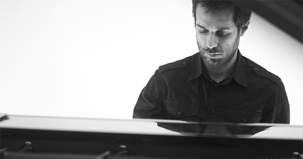felipe-scagliusi-ao-piano-foto